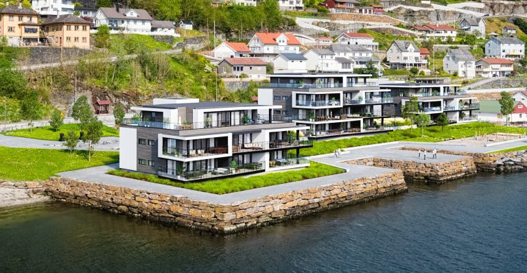 H2 Bergen i førersetet på Stronde